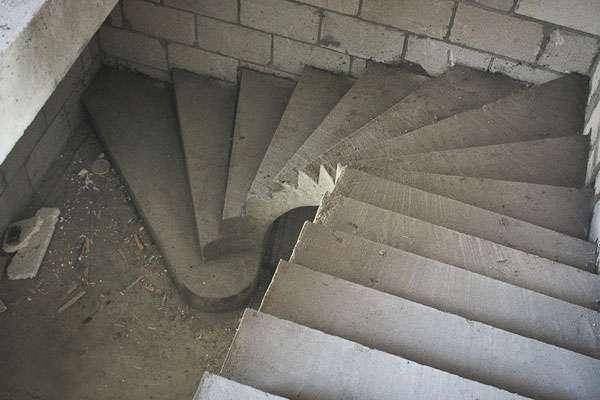 монолитные бетонные лестницы в дом Москва