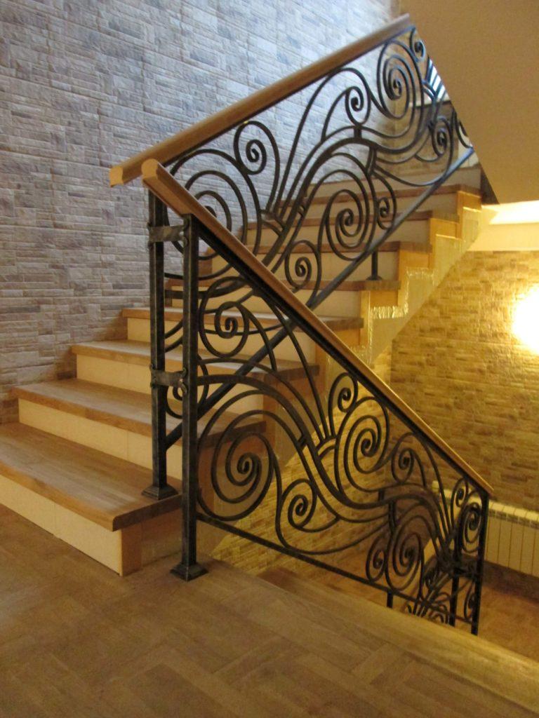 кованые лестничные ограждения для лестниц