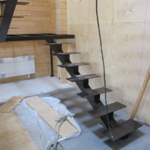Стальные каркасы лестниц в дом Москва