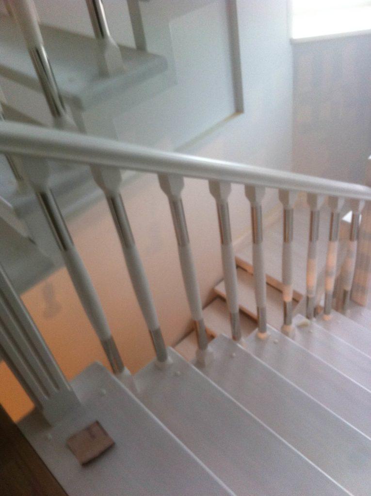 ограждения для лестниц комбинированные в Москве