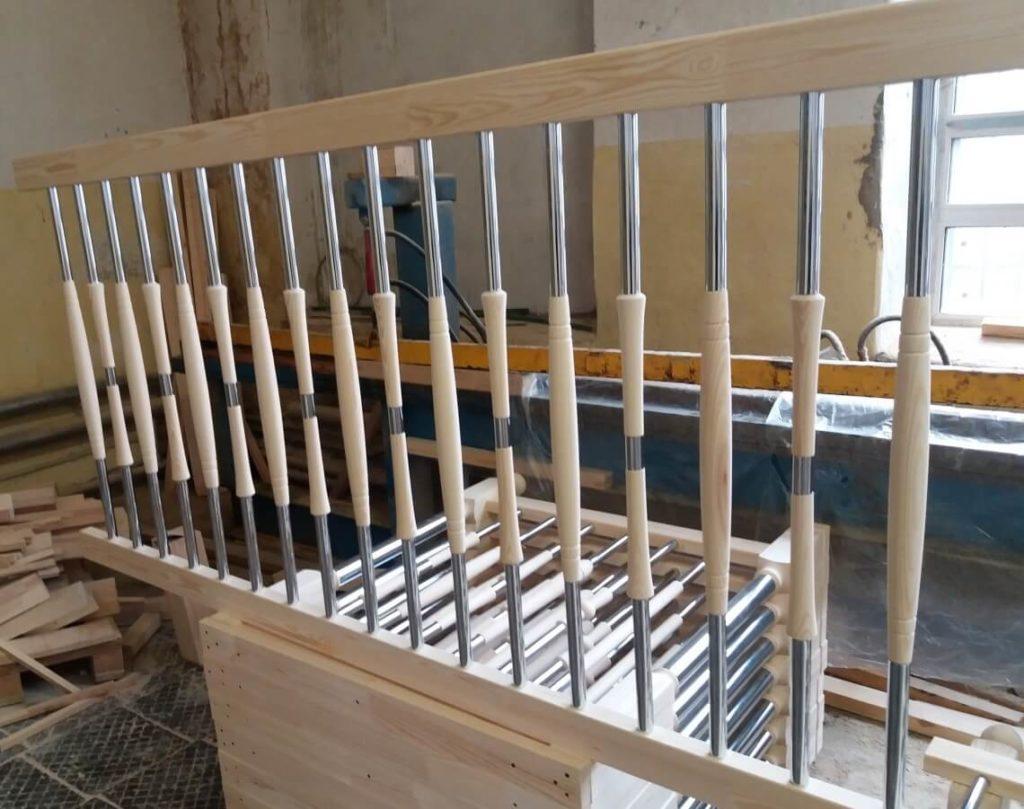 деревянные балясины для лестниц комбинированные
