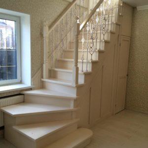 Забежная лестница на фото