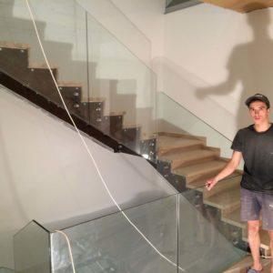 Стеклянные ограждения для лестницы в Москве