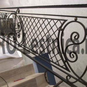 Рисунок на перилах для лестницы