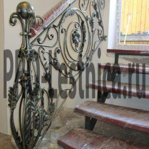 Ограждение для лестницы с ковкой