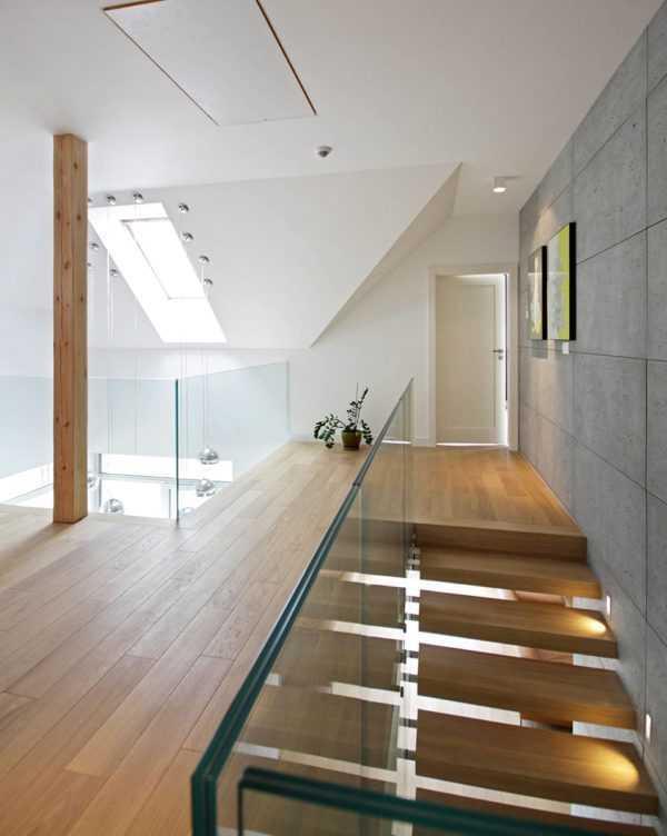 Парящая лестница в частном доме