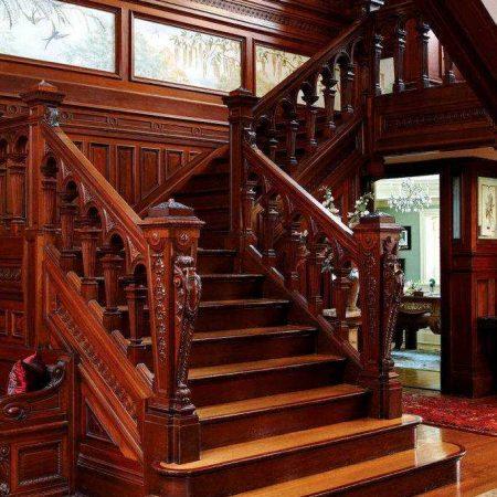 Эксклюзивная лестница из бука фото