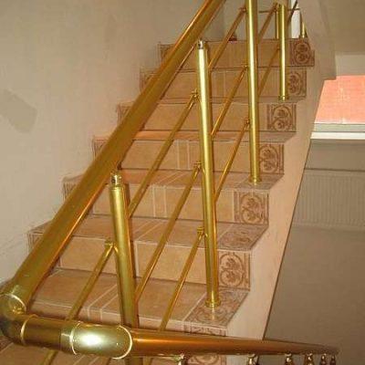 Ограждения лестниц из нержавейки в Москве