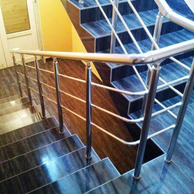 Алюминиевые ограждения для лестниц в Москве