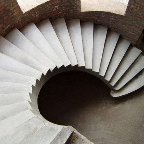 kruglaya-lectnica-iz-betona
